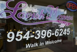 lavish manors nail spa